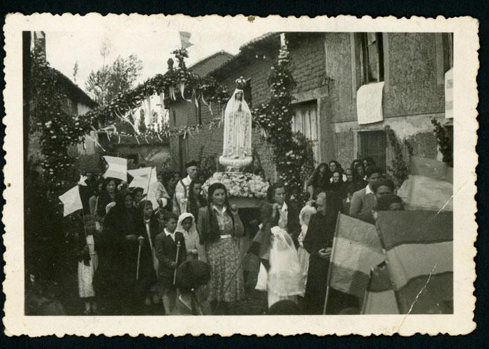 Procesión de la Virgen de Fátima en Devesa de Curueño