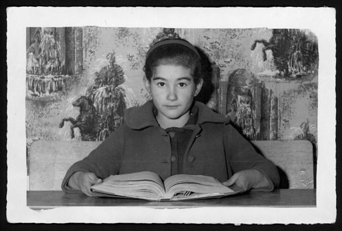 Olga Castro en la escuela de Castro del Condado.