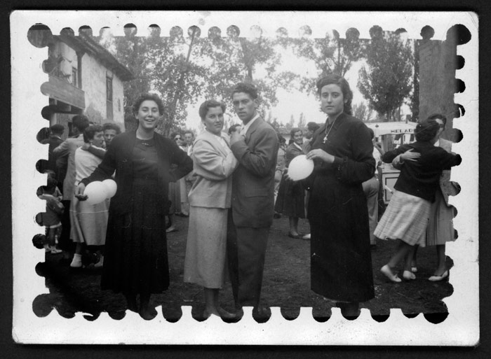 Juventud en el baile de Barrillos de Curueño.