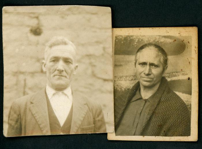 Fotografías para carné de identidad de Agustín y Celia.