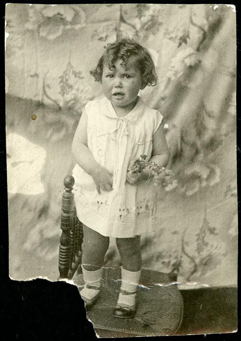 Retrato de Mª Antonia García de niña en Ambasaguas de Curueño
