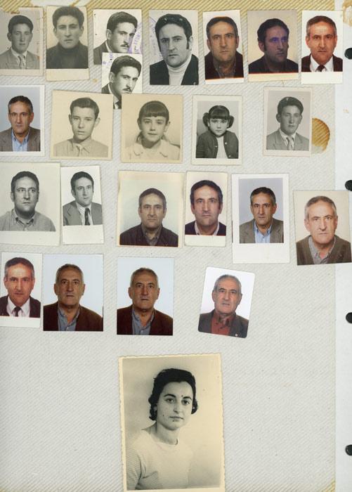 Fotos para el carné de identidad de Saturnino González González junto a un retrato de Benedicta González