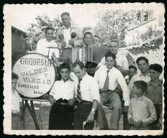 La orquesta Valdés y Vargas de Cerezales del Condado