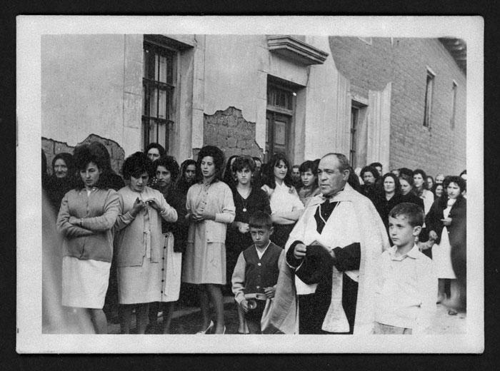Procesión de la Virgen del Rosario en Cerezales del Condado