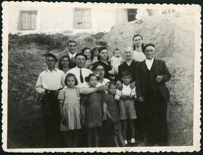 Familia e invitados de Gregorio Díez (Goro) en las fiestas de Castro del Condado