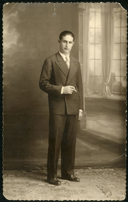 Retrato de estudio de Felipe Díez en Argentina