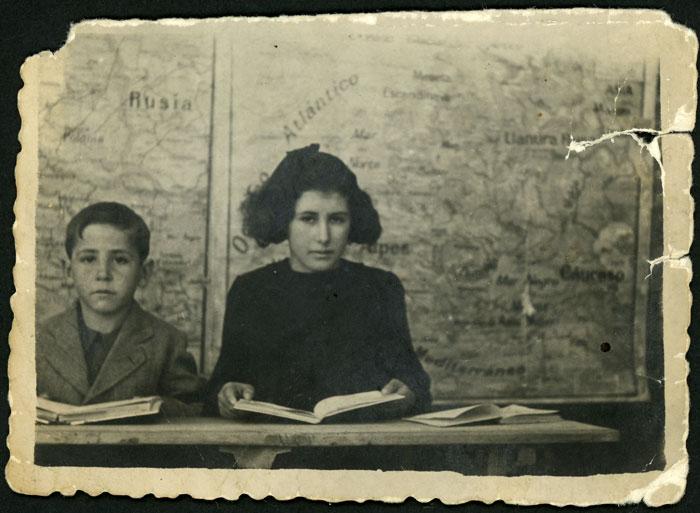 Esteban y Nieves Díez de luto en la escuela de Barrillos de Curueño