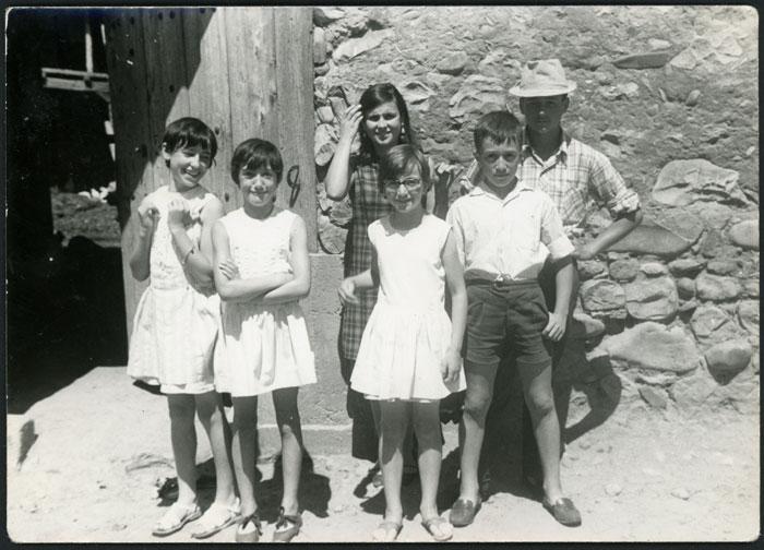 Grupo de niños y niñas en Devesa de Curueño