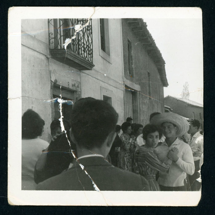Baile vermut el día de San Miguelín en la plaza de Devesa de Curueño