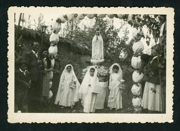 Procesión de inauguración de la imagen de la virgen de Fátima en Devesa de Curueño I