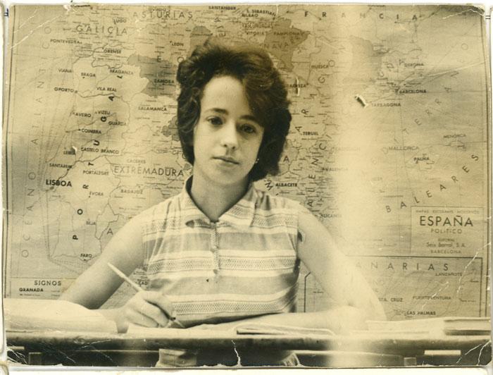 Antonia Gago en la escuela de Devesa de Curueño