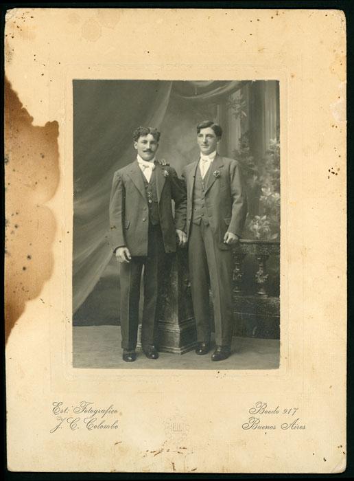 Fotografía de estudio de dos hombres en Buenos Aires