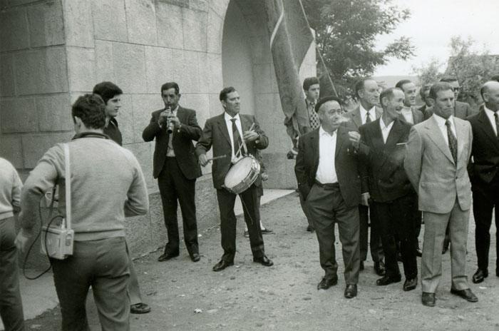 Figinio y Darío tocando en la fiesta de Ambasaguas de Curueño