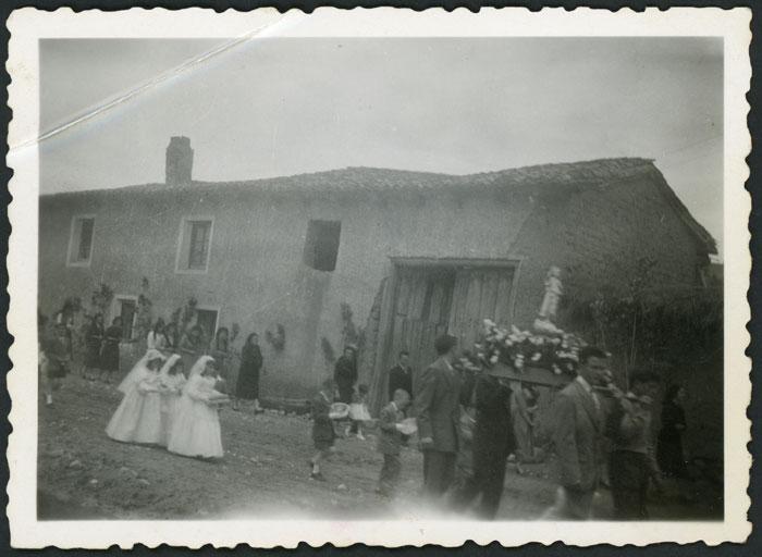 Procesión del Corpus Christi en Cerezales del Condado I
