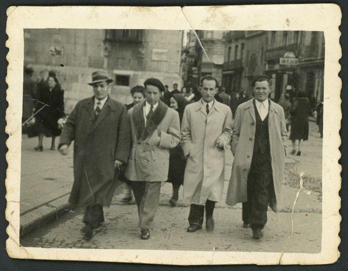 Los hermanos Eleuterio, Ángel, Teófilo y Juan Fernández en León