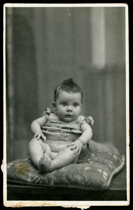 Retrato de Avelina González de niña