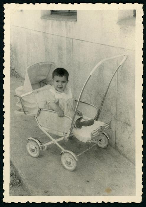 José Ramón Escapa en un carricoche en Ambasaguas de Curueño