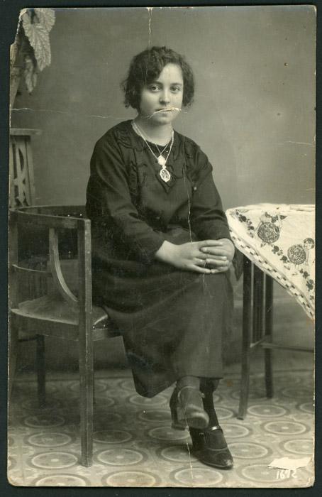 Retrato de estudio de Fructosa González II