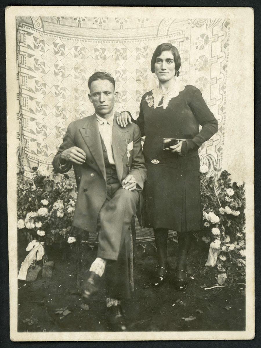 Retrato de boda de Silvestre Rodríguez y Natividad Llamazares