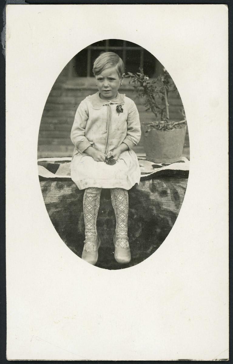 Retrato de Hermelinda de la Varga de niña