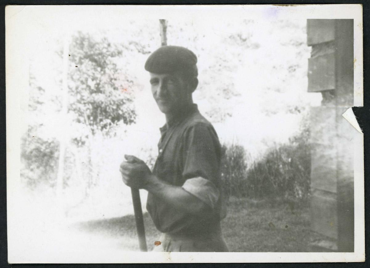 Retrato de Odonel Fernández en la huerta