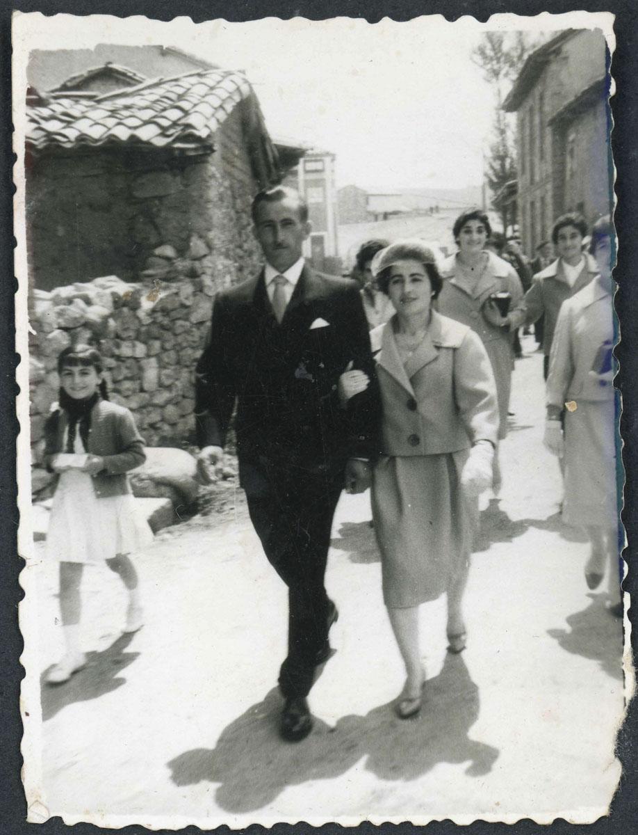 Odonel Fernández de camino a la iglesia el día de su boda