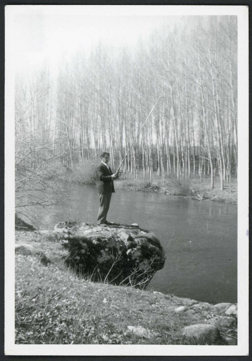 Anilo Blanco pescando