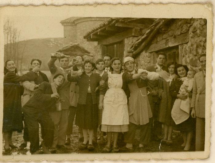 Invitados de la boda de Froilán Urdiales y Milagros Díez en Lugán II