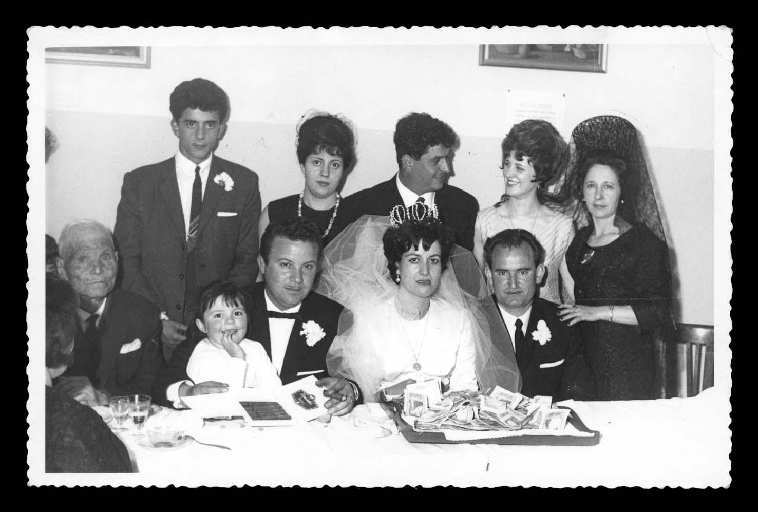La familia Nieto González en la boda de Antonia en Móstoles