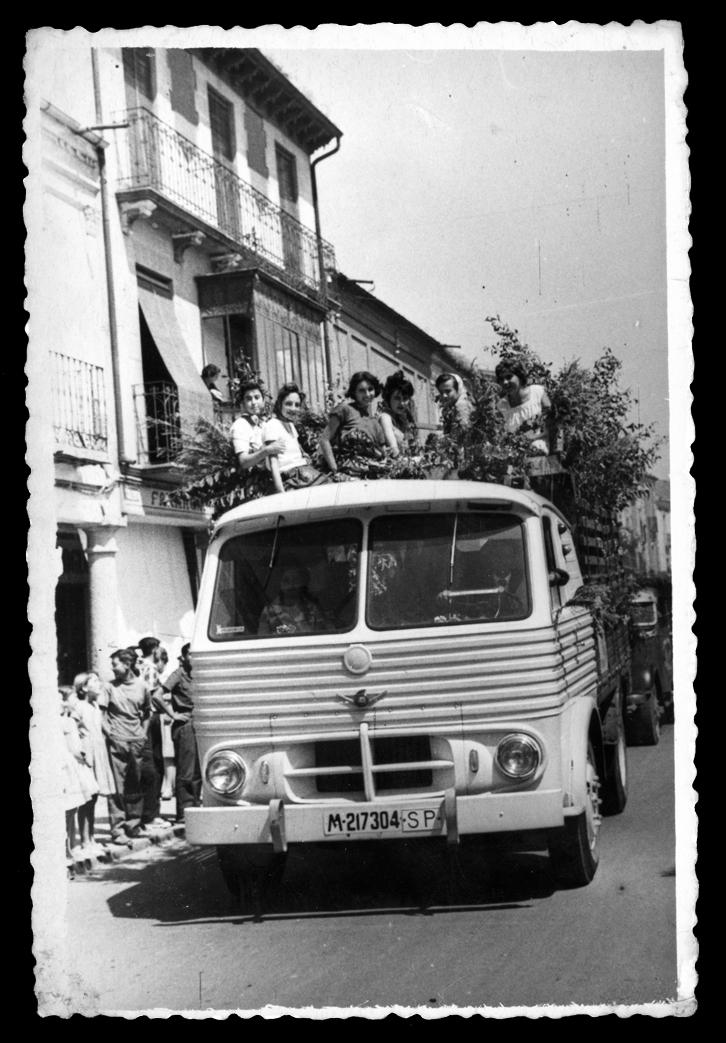 Camión en la fiesta de San Cristóbal en Peñaranda de Bracamonte